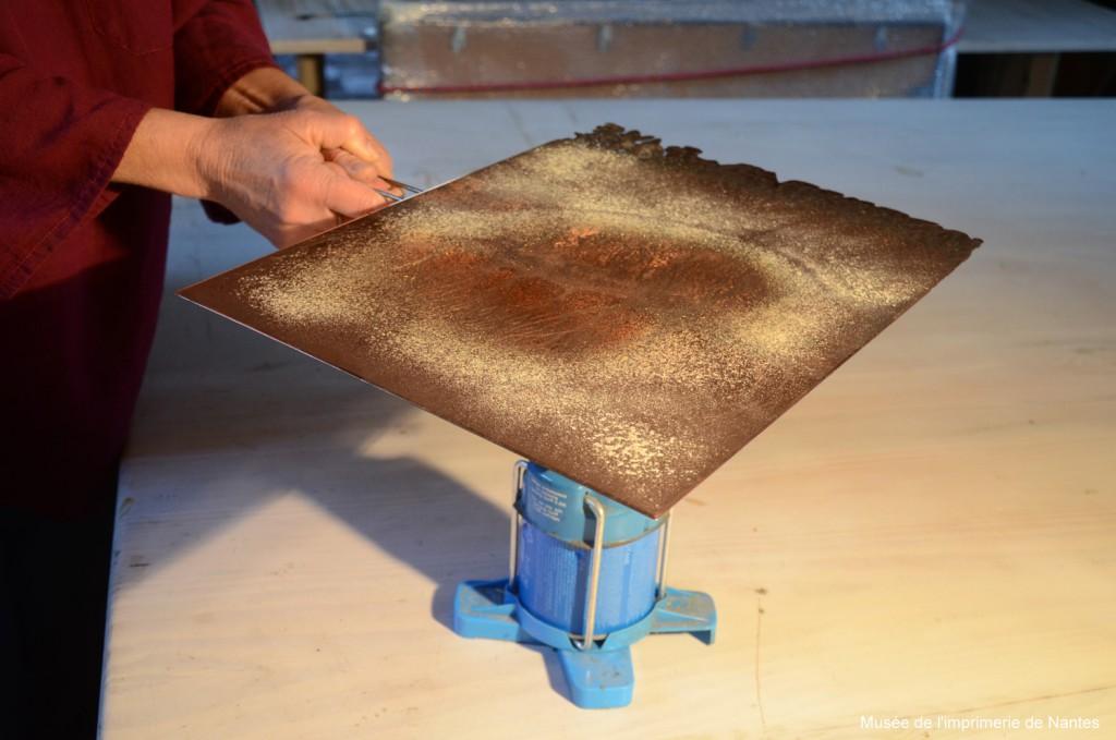 gravure chauffage plaque